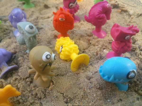 Stikeez Стикиз из глубин океана Видео