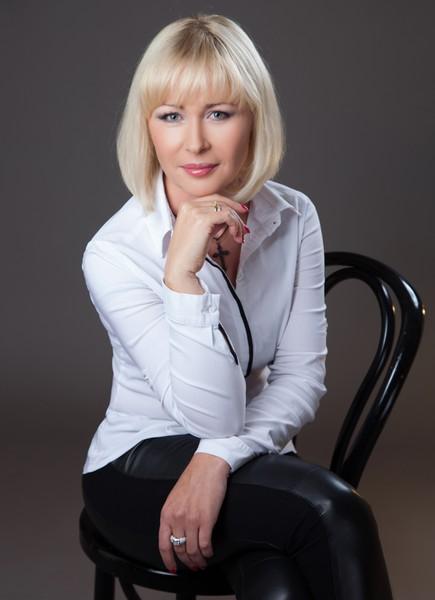Елена Хоффман
